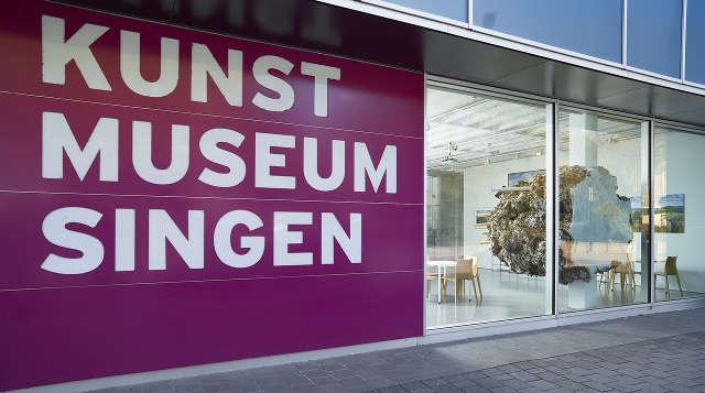 Kunstmuseum Singen Außenaufnahme Museumsnacht